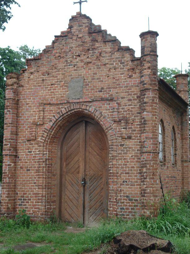 2007-06-03 Radziejwice - cmentarz parafialny (5)
