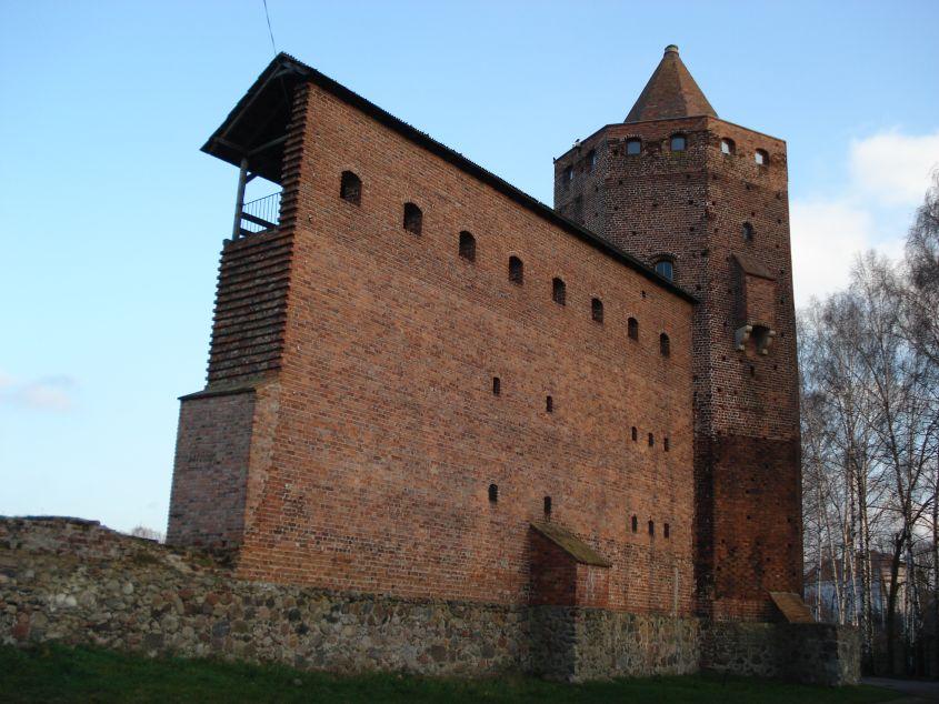2006-12-11 Rawa Maz. - ruiny zamku (26)