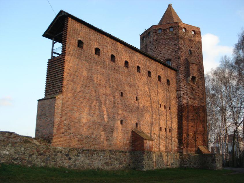 2006-12-11 Rawa Maz. - ruiny zamku (29)