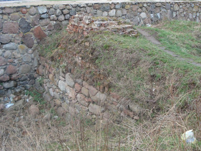 2007-03-22 Rawa Maz. - ruiny zamku (15)