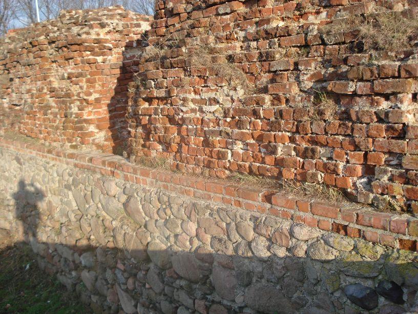 2007-03-22 Rawa Maz. - ruiny zamku (38)