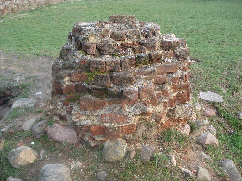 2007-03-22 Rawa Maz. - ruiny zamku (40)