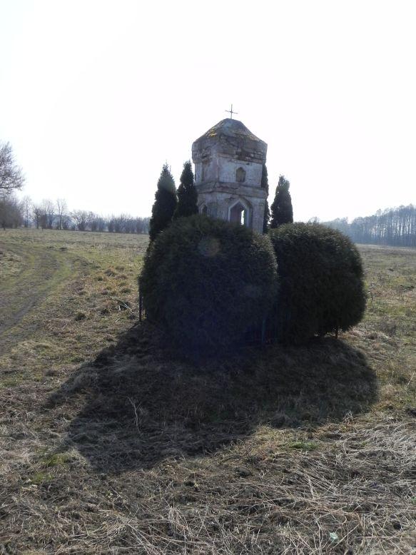 2018-03-25 Grabice kapliczka nr1 (3)