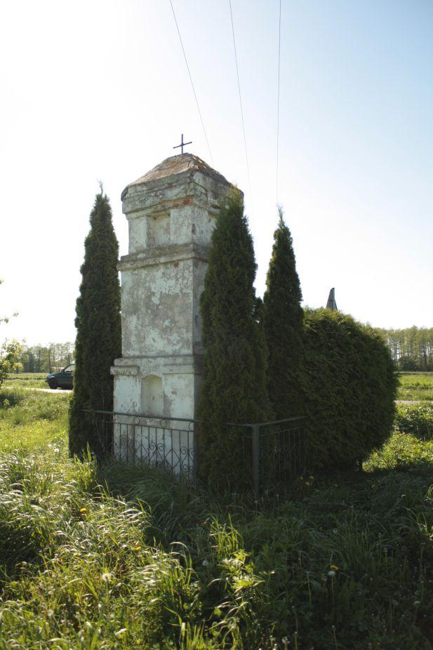 2018-05-06 Grabice kapliczka nr1 (6)