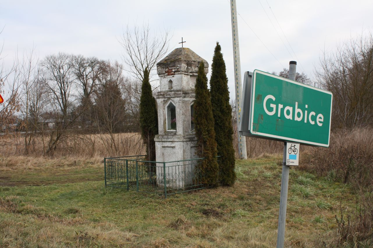 2018-12-23 Grabice kapliczka nr1 (1)