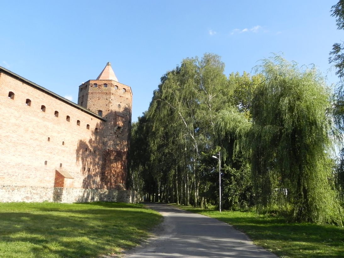 2011-09-13 Rawa Maz. - ruiny zamku (16)