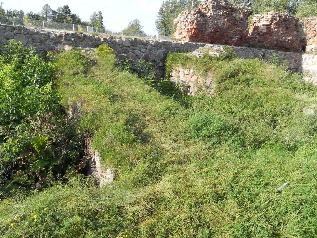2011-09-13 Rawa Maz. - ruiny zamku (32)