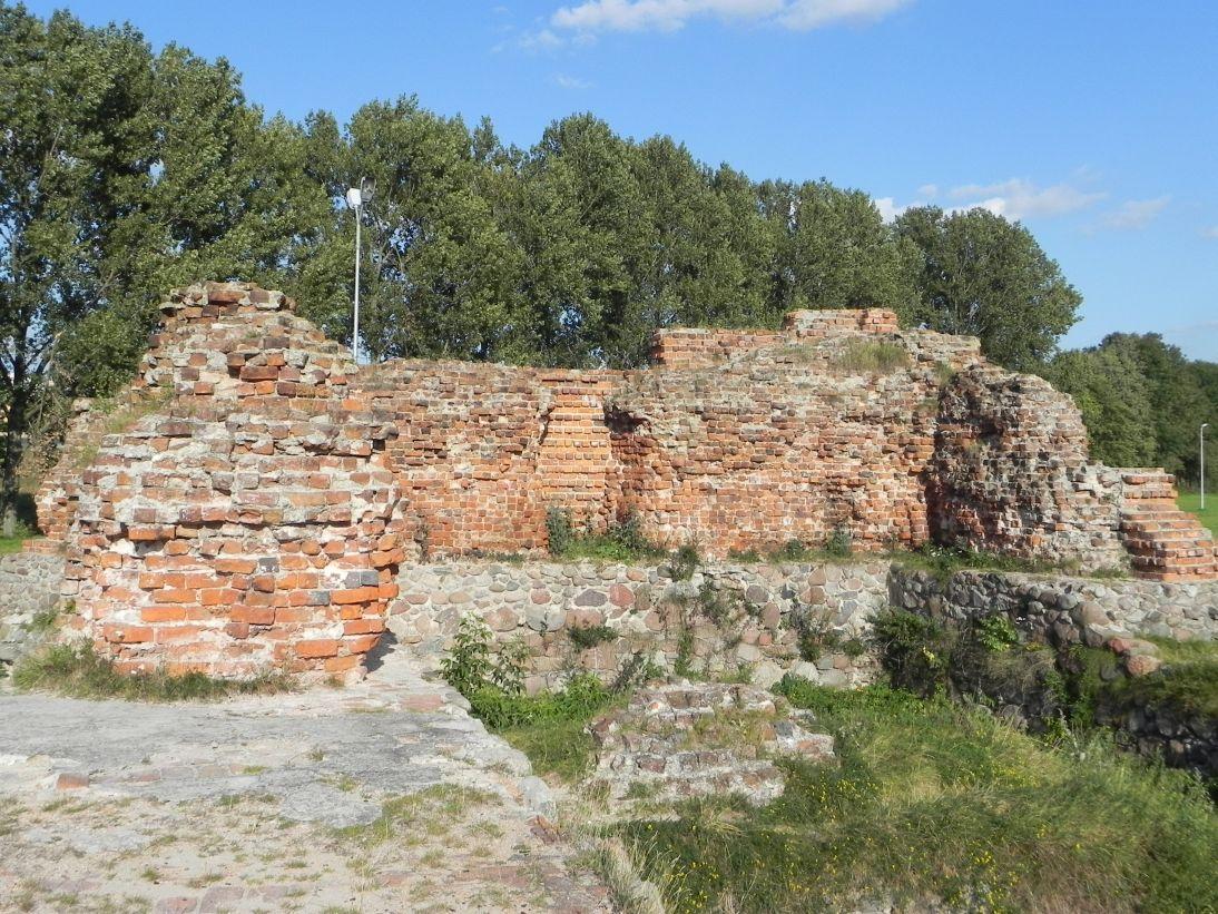 2011-09-13 Rawa Maz. - ruiny zamku (37)