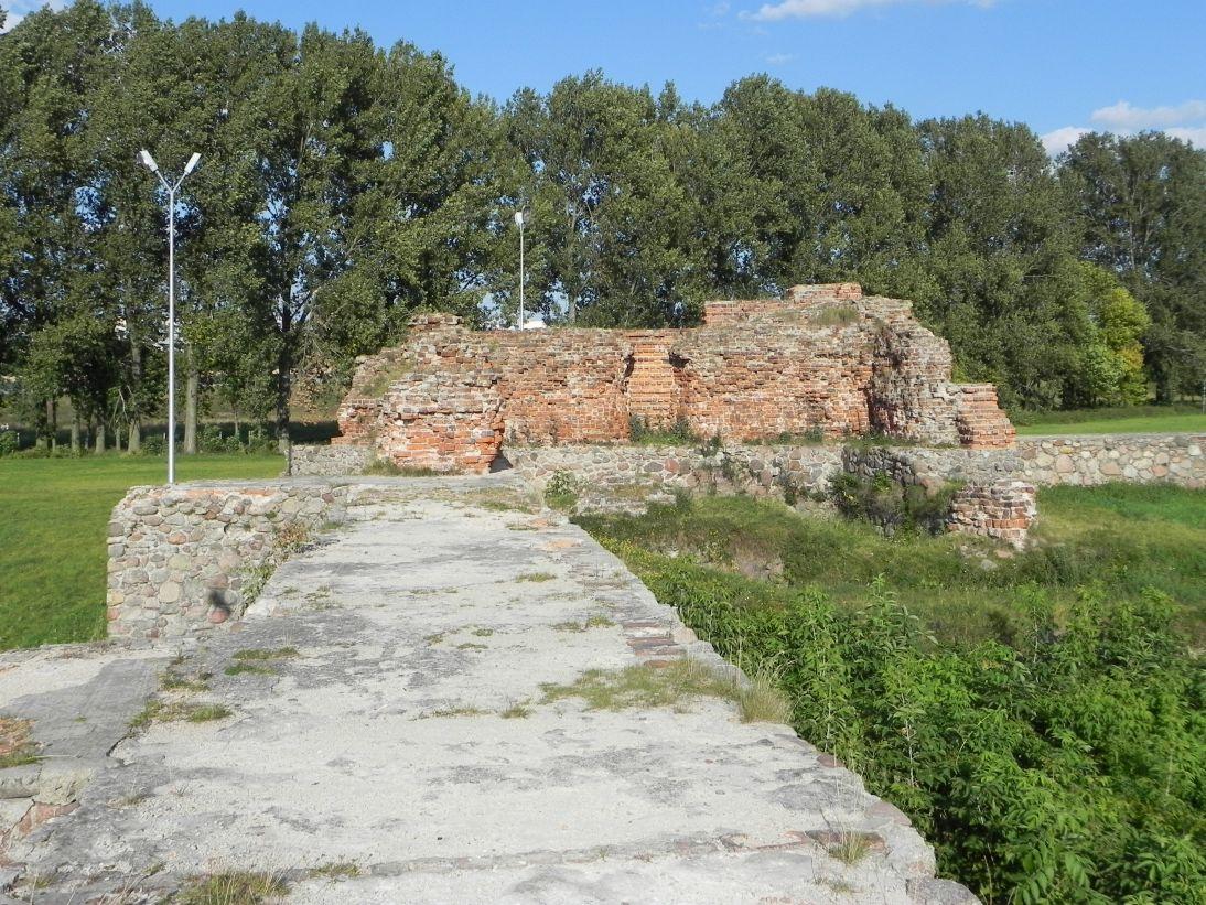 2011-09-13 Rawa Maz. - ruiny zamku (42)