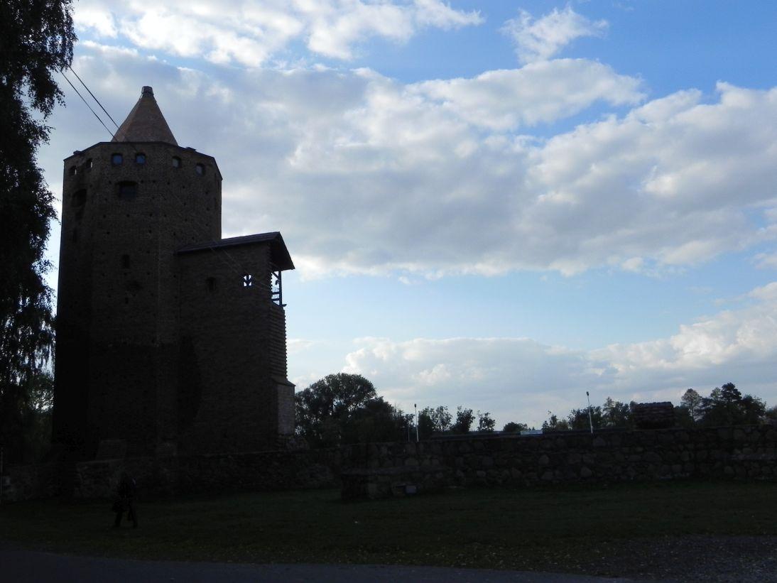 2011-09-15 Rawa Maz. - ruiny zamku (1)