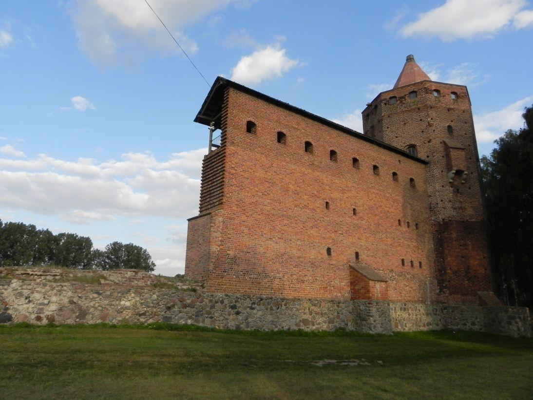 2011-09-15 Rawa Maz. - ruiny zamku (21)