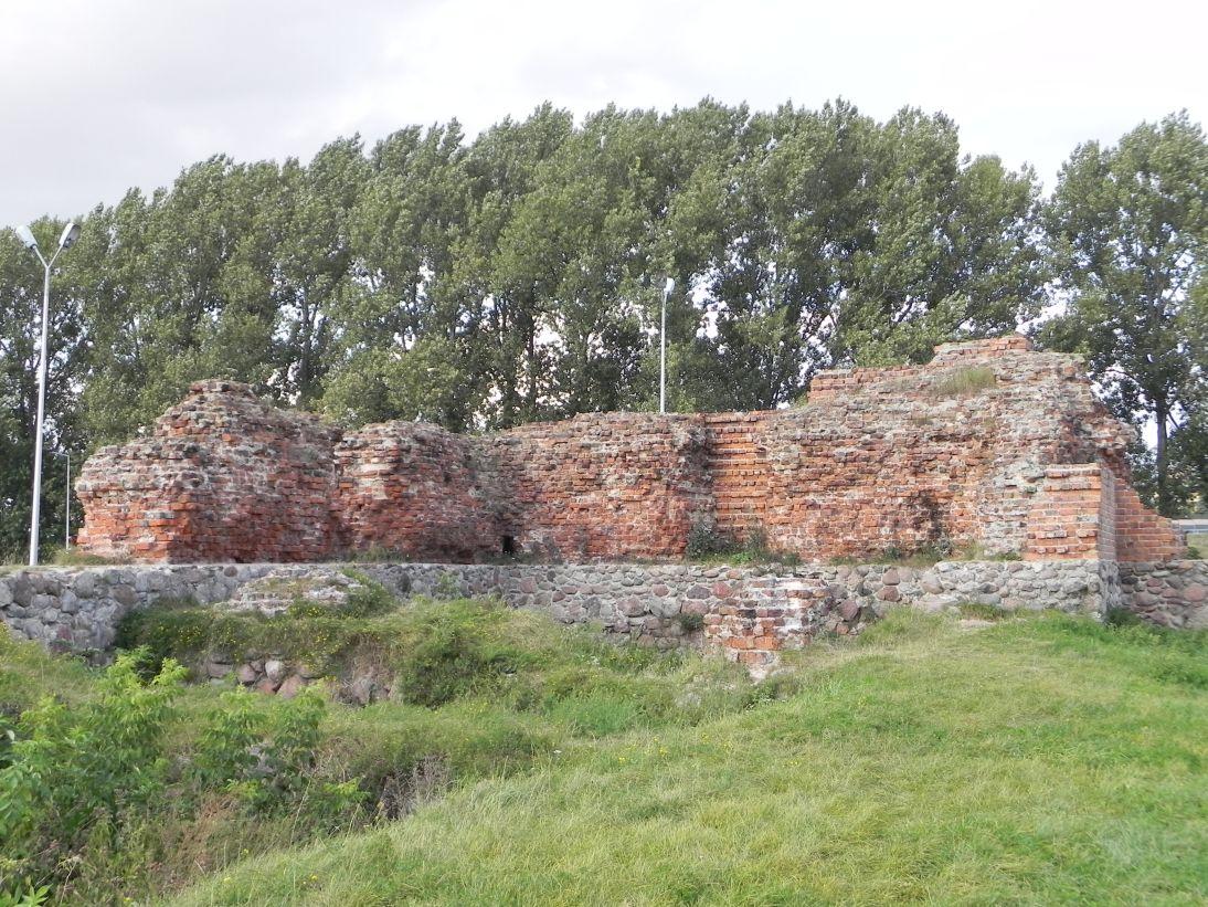 2011-09-15 Rawa Maz. - ruiny zamku (37)