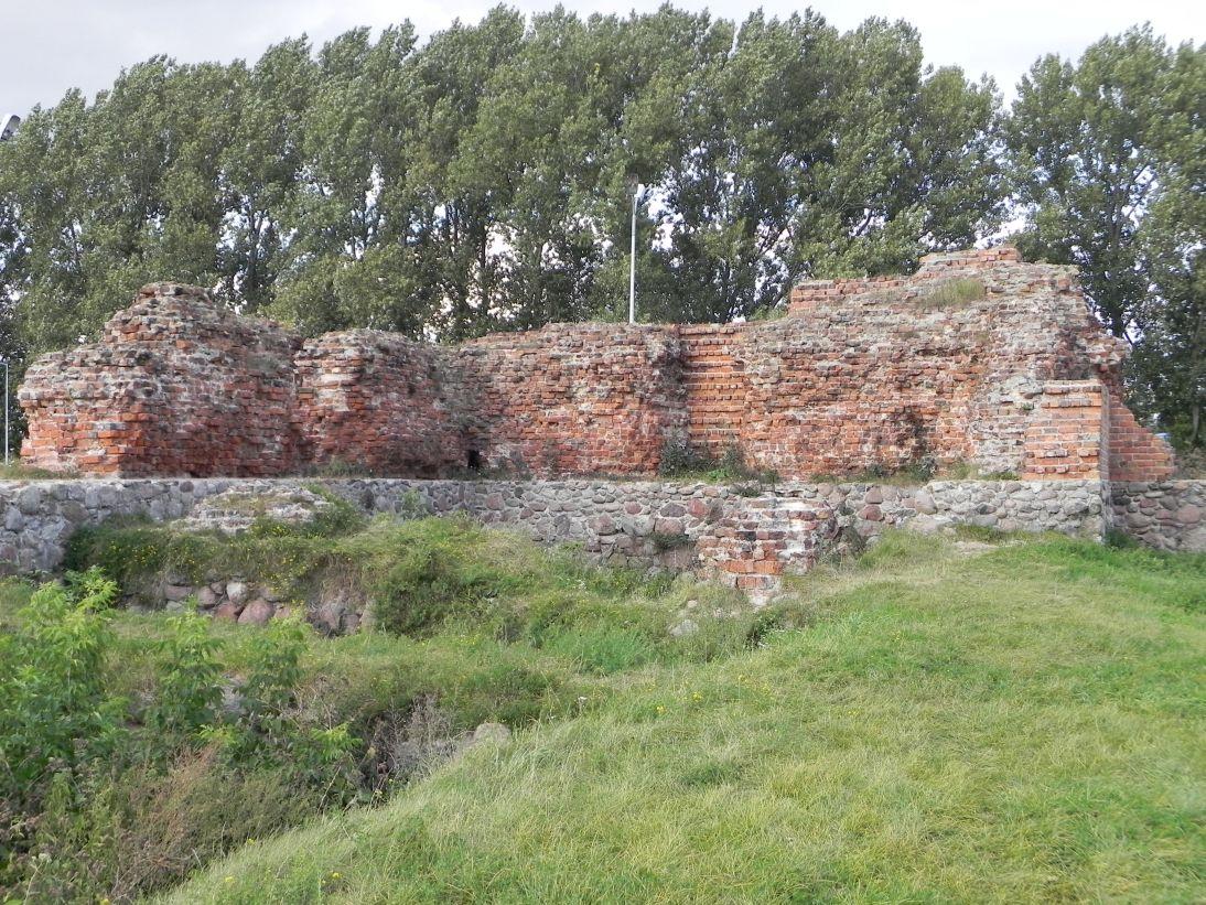 2011-09-15 Rawa Maz. - ruiny zamku (38)