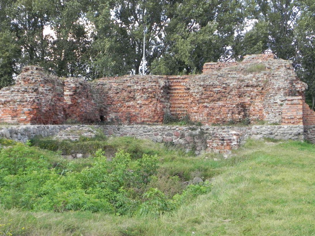 2011-09-15 Rawa Maz. - ruiny zamku (53)