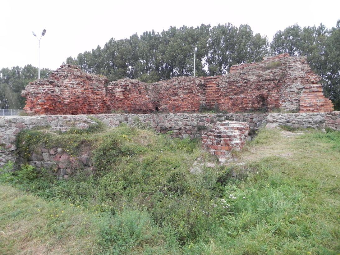 2011-09-20 Rawa Maz. - ruiny zamku (23)