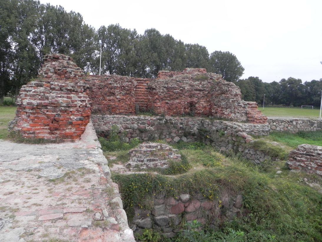 2011-09-20 Rawa Maz. - ruiny zamku (27)