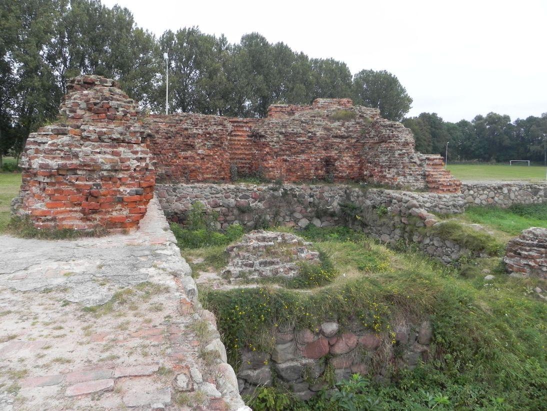2011-09-20 Rawa Maz. - ruiny zamku (33)