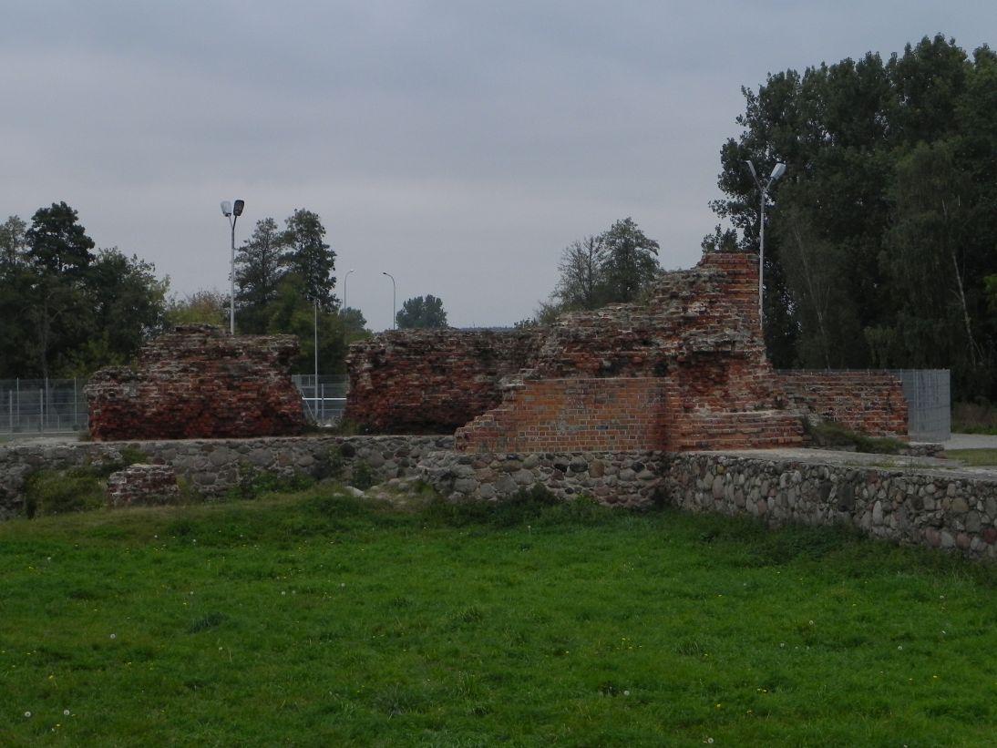 2011-09-20 Rawa Maz. - ruiny zamku (47)