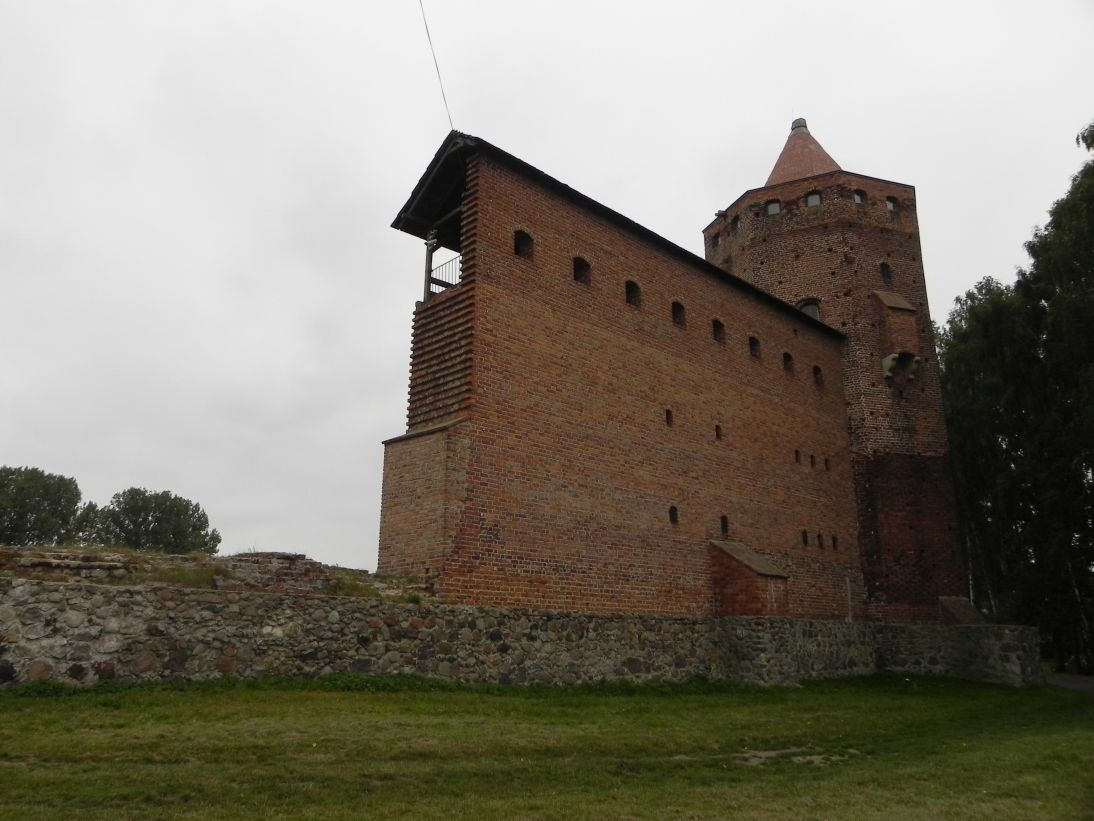 2011-09-20 Rawa Maz. - ruiny zamku (9)