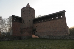 2011-11-22 Rawa Maz. - ruiny zamku (24)