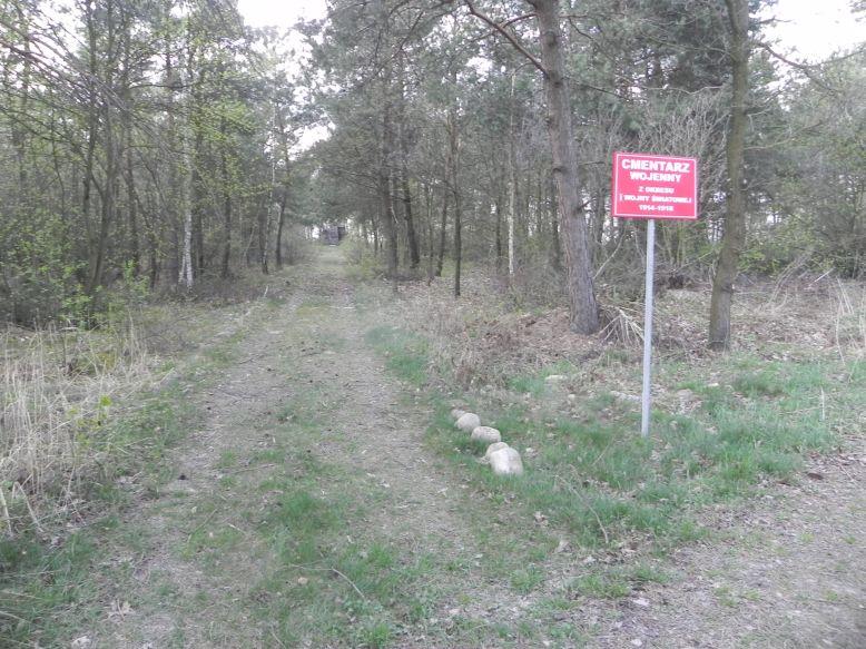 2018-04-14 Roszkowa Wola - cm. z I wojny światowej (1)