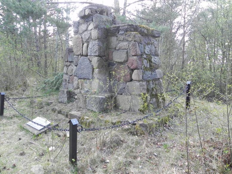 2018-04-14 Roszkowa Wola - cm. z I wojny światowej (13)