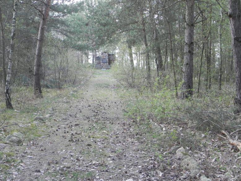 2018-04-14 Roszkowa Wola - cm. z I wojny światowej (3)