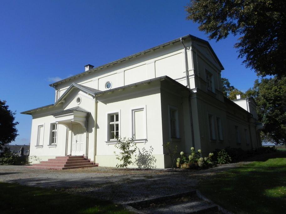 2011-10-02 Rylsk - pałac (34)
