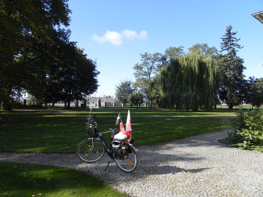 2011-10-02 Rylsk - pałac (37)