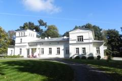 2011-10-02 Rylsk - pałac (10)