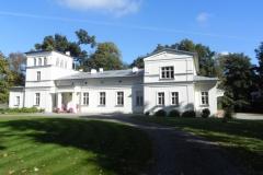 2011-10-02 Rylsk - pałac (16)