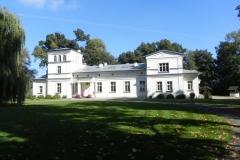 2011-10-02 Rylsk - pałac (2)