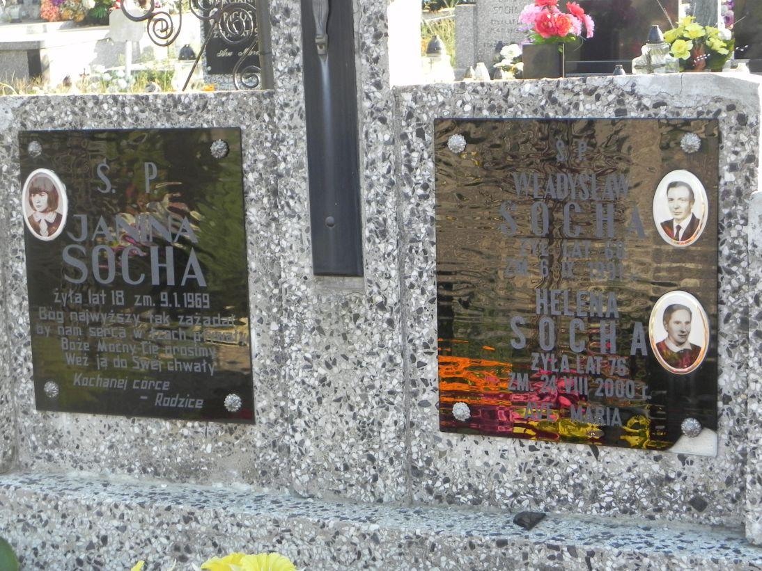 2012-08-05 Rzeczyca - cmentarz parafialny (10)