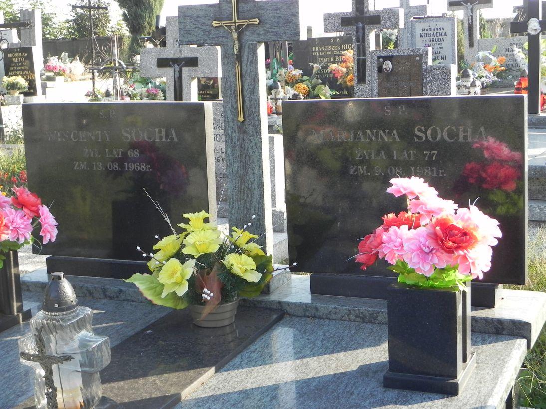 2012-08-05 Rzeczyca - cmentarz parafialny (11)