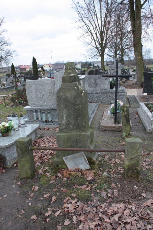 2018-12-31 Rzeczyca - cmentarz parafialny (113)