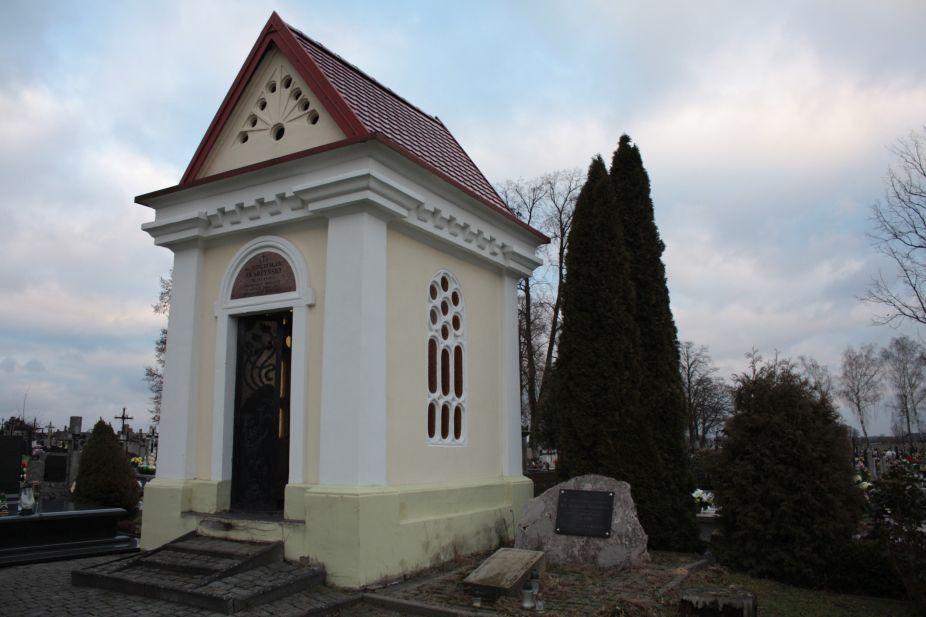 2018-12-31 Rzeczyca - cmentarz parafialny (60)