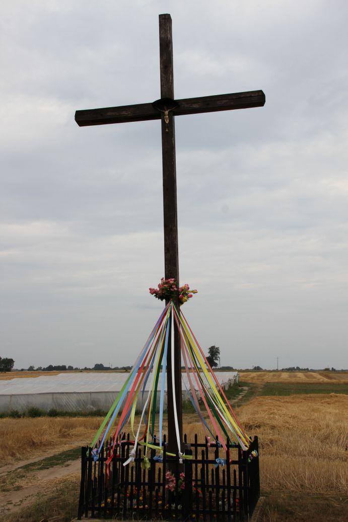 2019-07-28 Gustawów krzyż nr1 (3)