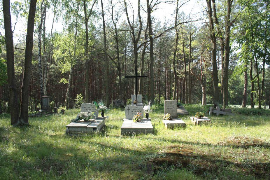 2018-05-13 Stanisławów Lipski - cmentarz ewangelicki (11)