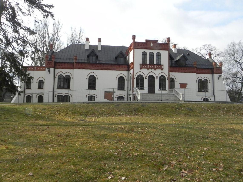 2010-01-04 Ujazd - pałac i młyn (56)
