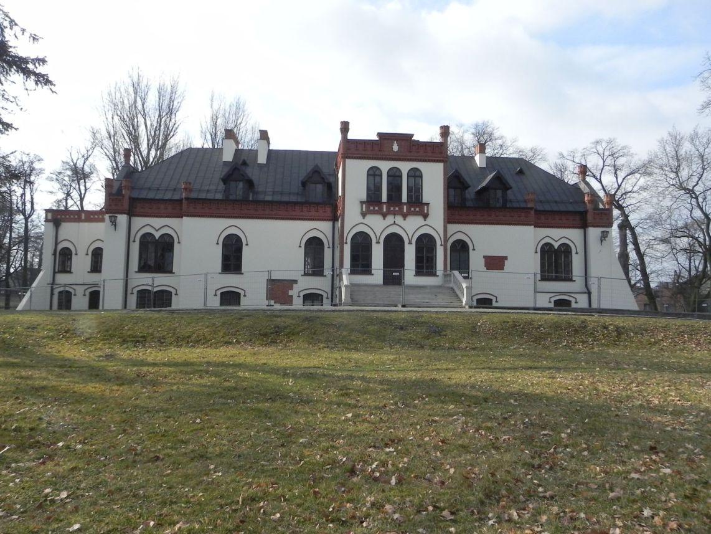 2010-01-04 Ujazd - pałac i młyn (57)