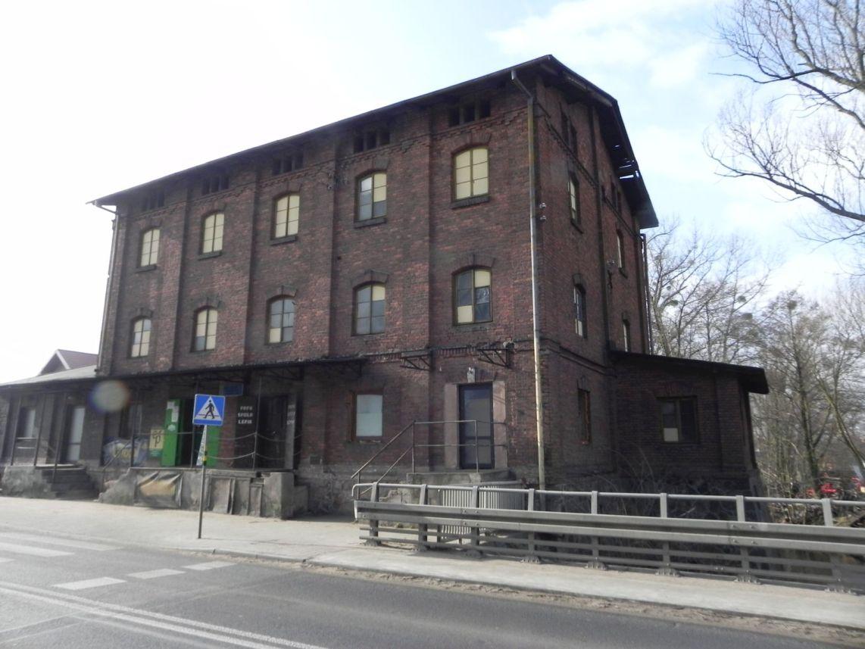 2010-01-04 Ujazd - pałac i młyn (6)