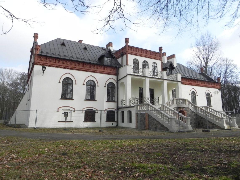 2010-01-04 Ujazd - pałac i młyn (63)