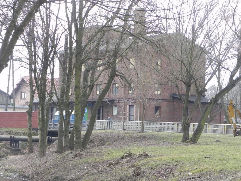 2010-01-04 Ujazd - pałac i młyn (69)