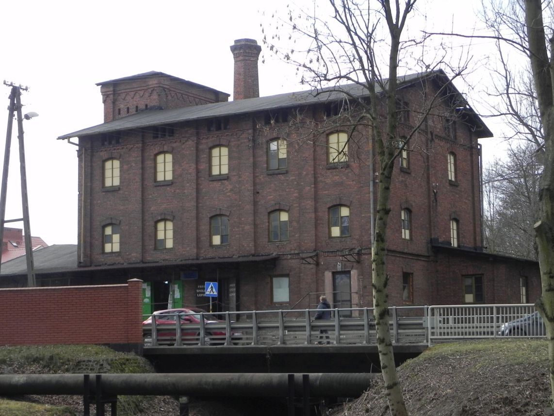 2010-01-04 Ujazd - pałac i młyn (73)
