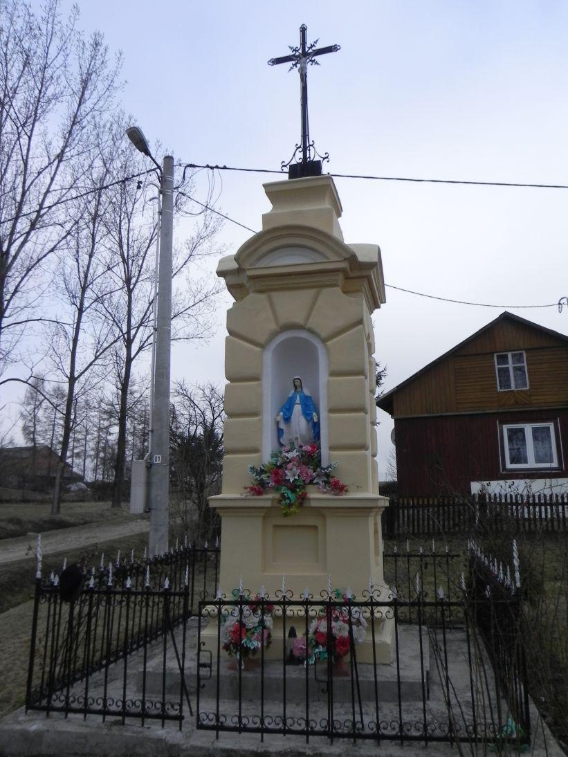 2012-03-25 Janisławice kapliczka nr1 (8)