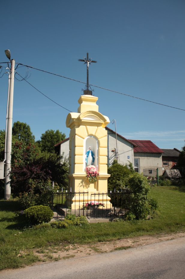 2018-05-20 Janisławice kapliczka nr1 (3)