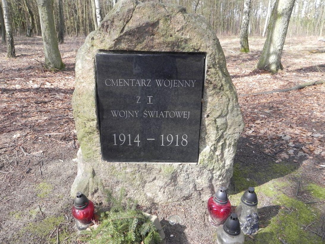 2011-03-23 Stolniki - cm. z I wojny światowej (2)