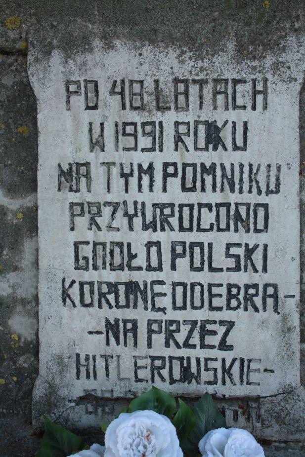 2018-05-20 Wysokienice - pomnik (6)
