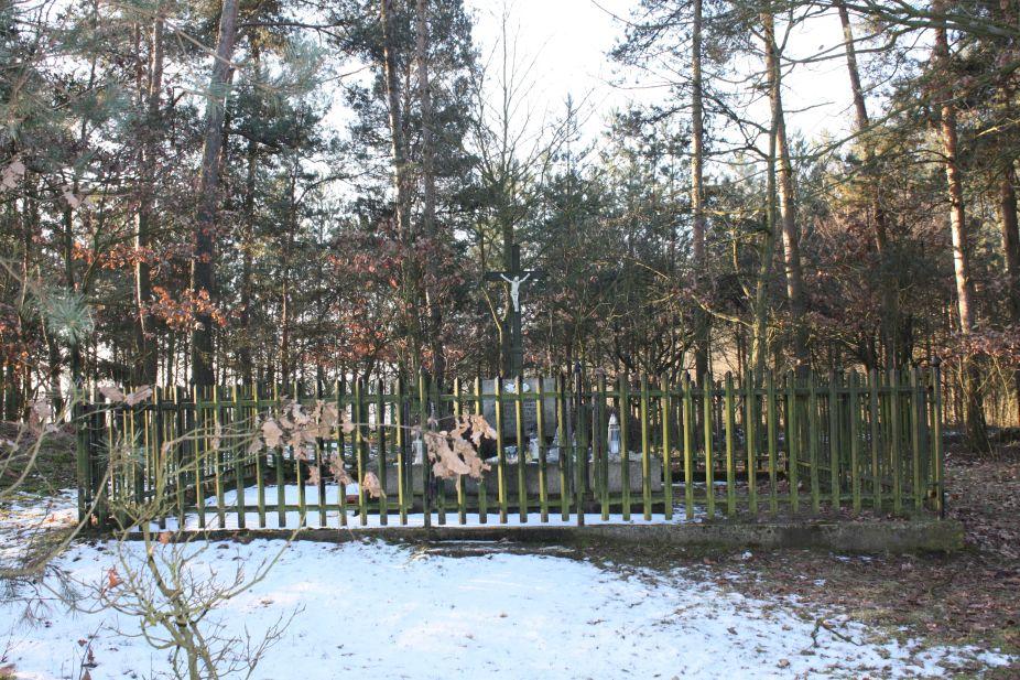 2019-02-10 Złota - pomnik (4)