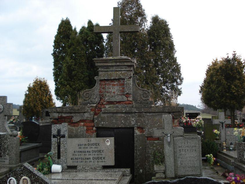 2007-01-14 Żelazna - cmentarz parafialny (6)
